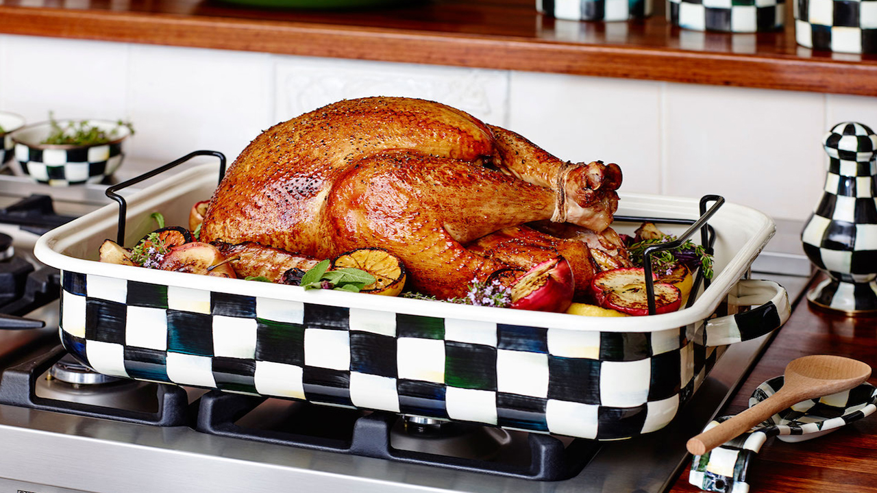 Eight Essential Turkey Tips for the Perfect Thanksgiving Dinner